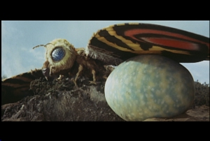 26-MOTHRA WITH EGG